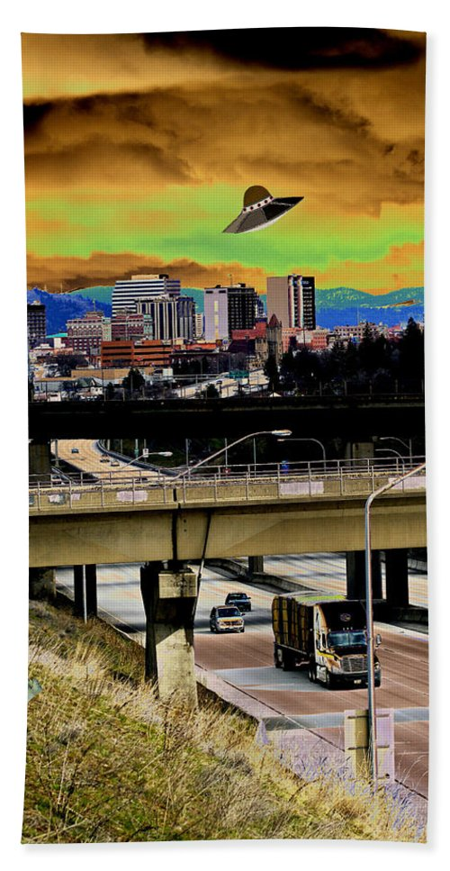 Aliens Hand Towel featuring the photograph Visiting Spokane by Ben Upham III