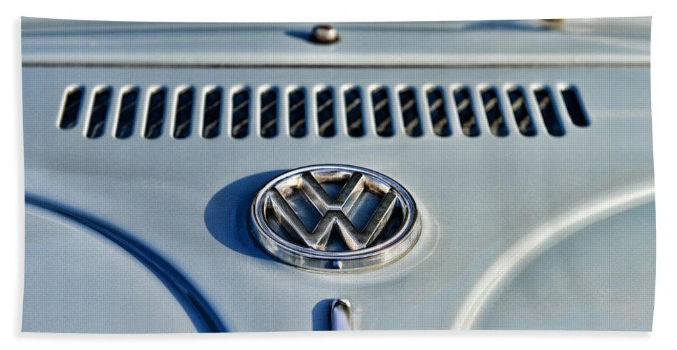 Paul Ward Bath Sheet featuring the photograph Vw Volkswagen Bug Beetle by Paul Ward