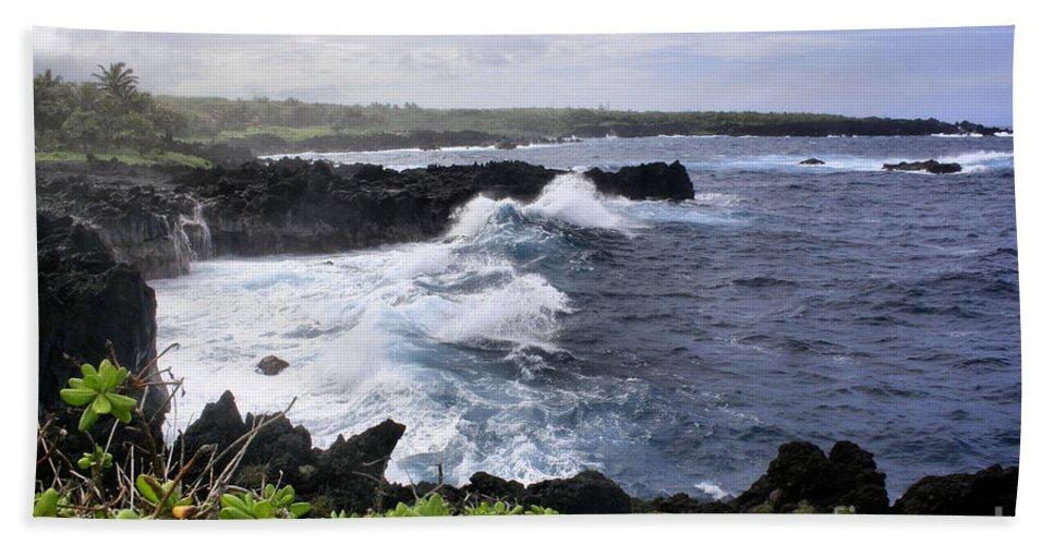 Aloha Hand Towel featuring the photograph Waianapanapa Pailoa Bay Hana Maui Hawaii by Sharon Mau