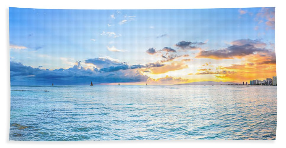 Paradise Hand Towel featuring the photograph Waikiki Sunset After An Afternoon Thunderstorm by Jason Chu