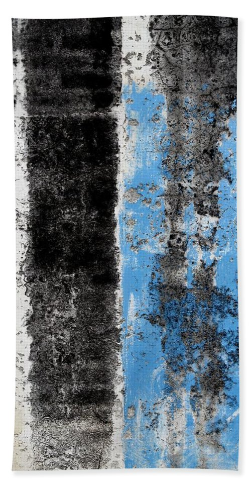 Texture Bath Sheet featuring the digital art Wall Abstract 34 by Maria Huntley