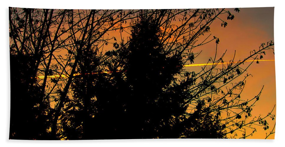 Sunset Hand Towel featuring the photograph Warmth In My Soul by Jeanette C Landstrom