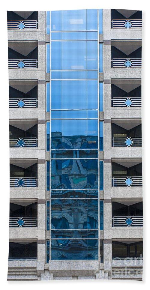 Washington Bath Sheet featuring the photograph Washington Building by Steven Ralser