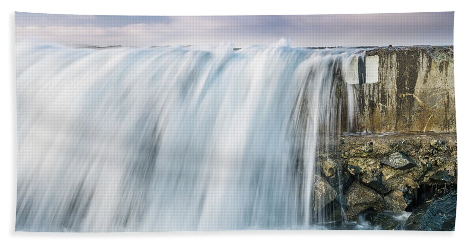 Humboldt Bay Hand Towel featuring the photograph Water Over The Jetty by Greg Nyquist
