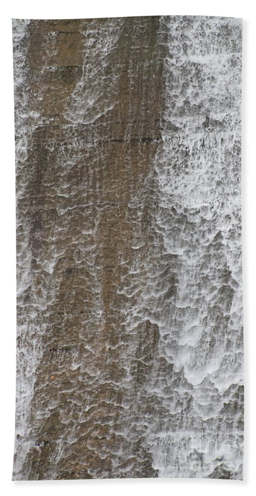 Water Bath Sheet featuring the photograph Water Vail by William Norton