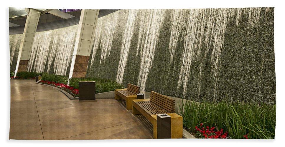 Aria Resort Hand Towel featuring the photograph Water Wall - Aria Resort Las Vegas by Jamie Pham