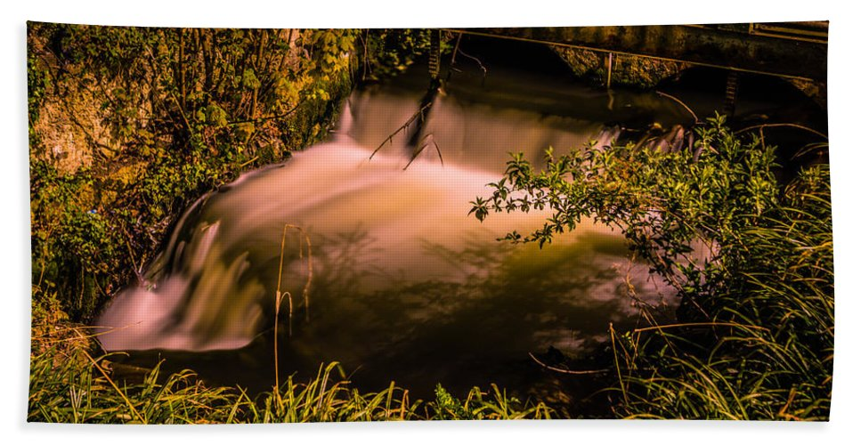 Waterfall Hand Towel featuring the photograph Waterfall by Dawn OConnor