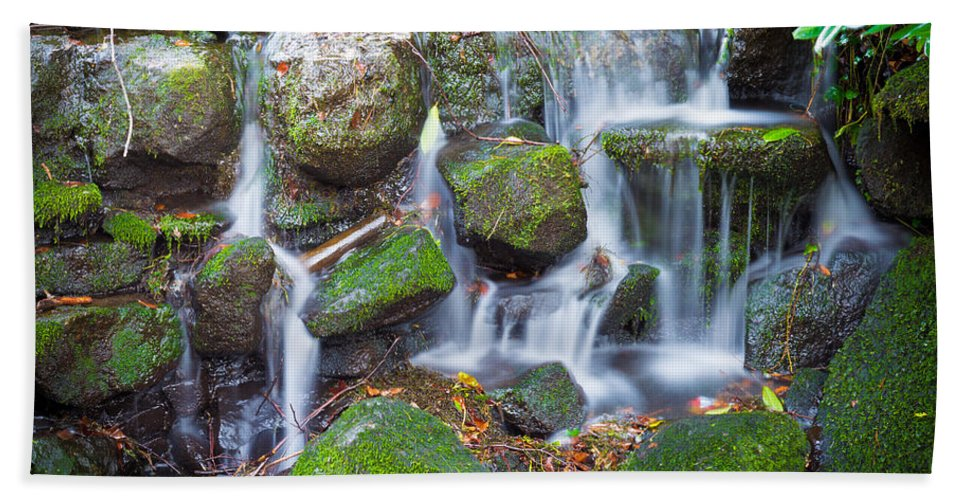 Dublin Hand Towel featuring the photograph Waterfall In Marlay Park by Semmick Photo