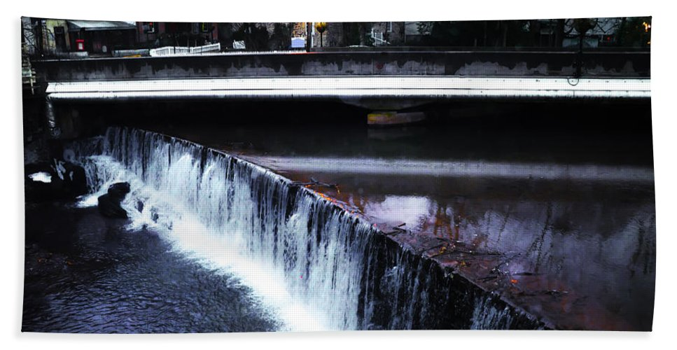 Waterfall Hand Towel featuring the photograph Waterfall New Hope Pa by Bill Cannon