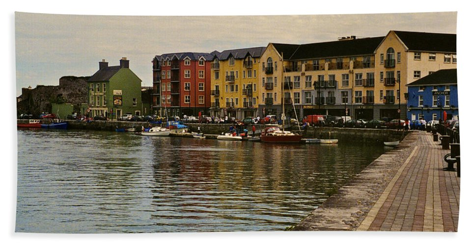 Waterford Bath Sheet featuring the photograph Waterford Waterfront by William Norton