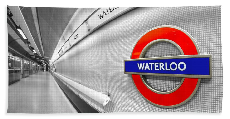 Waterloo Hand Towel featuring the photograph Waterloo by Evelina Kremsdorf