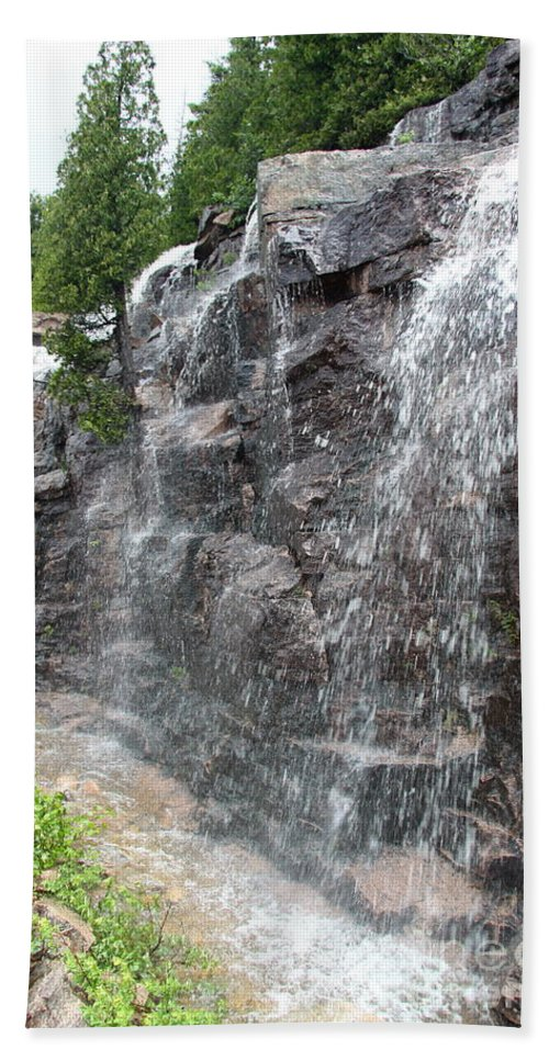 Wayside Bath Sheet featuring the photograph Wayside Waterfall - Acadia Np by Christiane Schulze Art And Photography