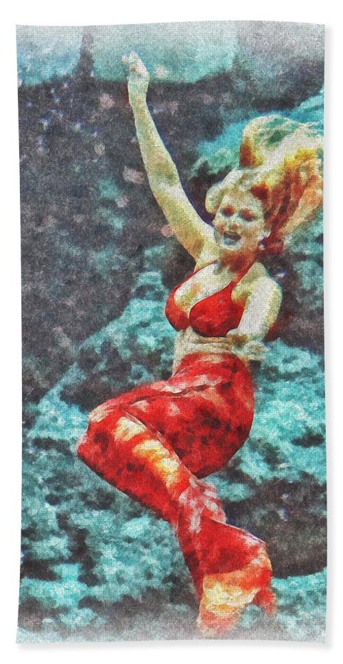 Florida Bath Sheet featuring the photograph Weeki Wachee Mermaid by Mark Fuge