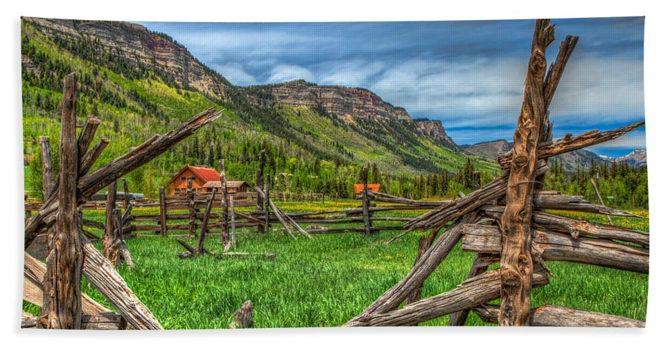 Colorado Hand Towel featuring the photograph Western Solitude by Tom Weisbrook