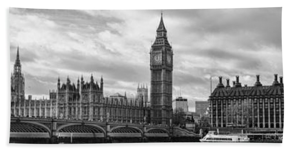 London Bath Sheet featuring the photograph Westminster Panorama by Heather Applegate