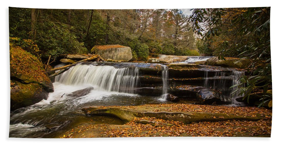 Nc Hand Towel featuring the photograph When Leaves Have Fallen by John Haldane