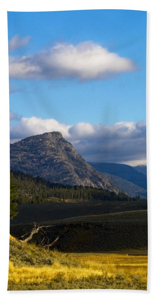 Scenic Hand Towel featuring the photograph Where The Valley Leads by Crystal Heitzman Renskers