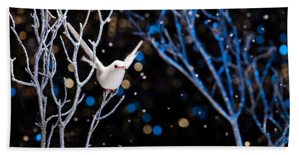 Tree Bath Sheet featuring the photograph White Bird In Winter by U Schade