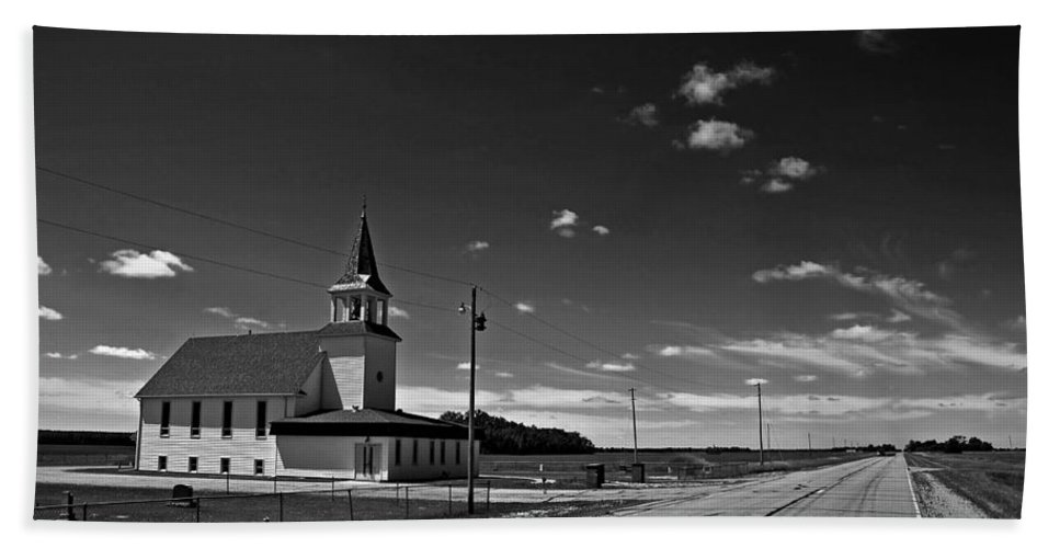 Church Hand Towel featuring the photograph White Country Chuch And Road by Donald Erickson
