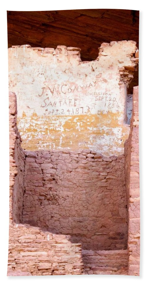 Arizona Hand Towel featuring the photograph White House Ruin by David Beebe