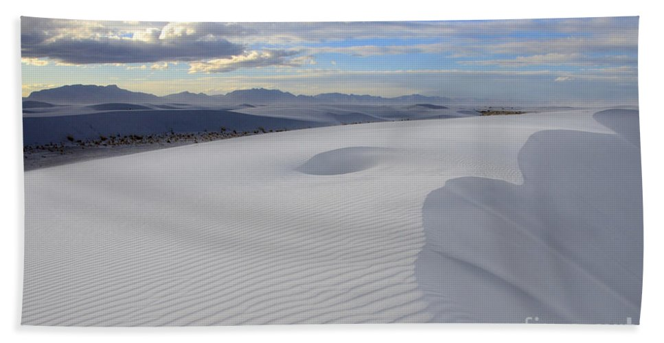Alamogordo Hand Towel featuring the photograph White Sands New Mexico by Bob Christopher