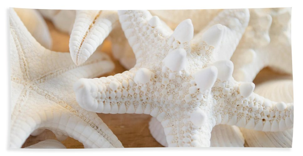 Starfish Hand Towel featuring the photograph White Starfish 2 by Andrea Anderegg