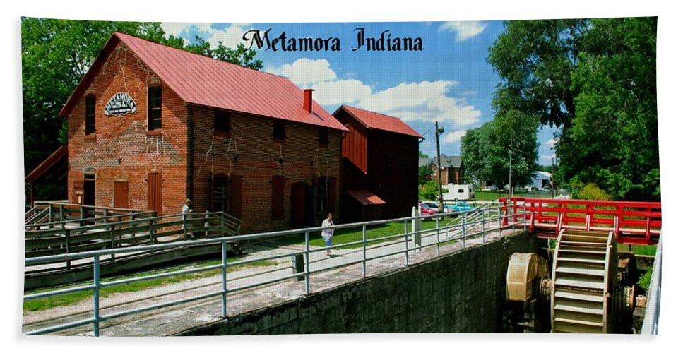 United Hand Towel featuring the photograph Whitewater Canal Locks by Gary Wonning