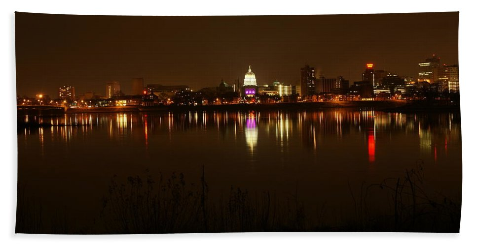 Harrisburg Bath Sheet featuring the photograph Wide Shot Of The City Skyline by Rob Luzier