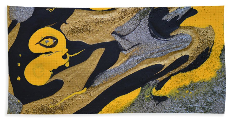 Bold Abstract Bath Sheet featuring the painting Wild Horse Cry by Donna Blackhall