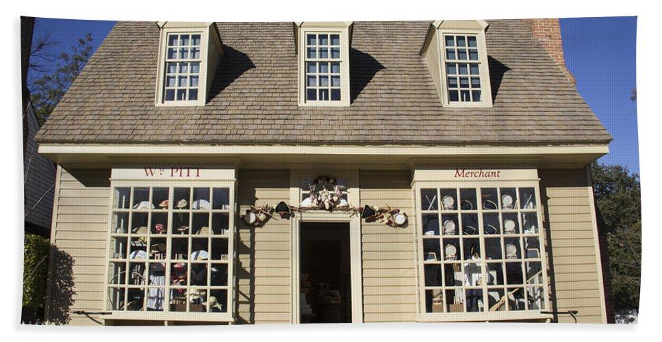 Colonial Williamsburg Hand Towel featuring the photograph William Pitt Shop Williamsburg Virginia by Teresa Mucha