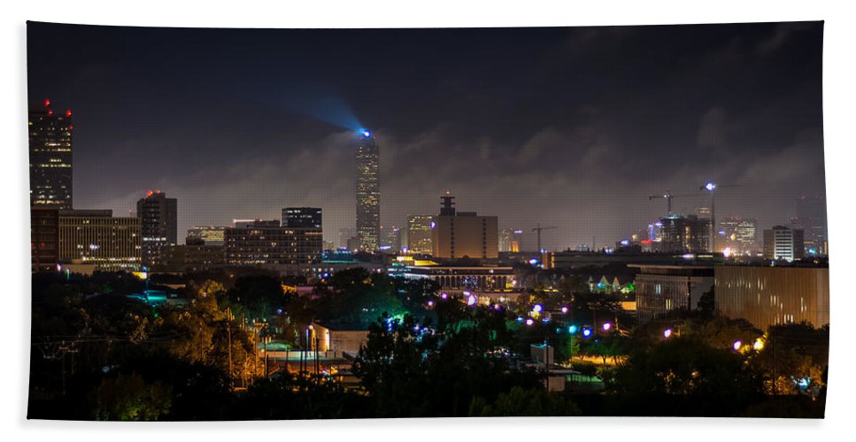 Williams Tower Beacon Hand Towel featuring the photograph Williams Tower Beacon by David Morefield