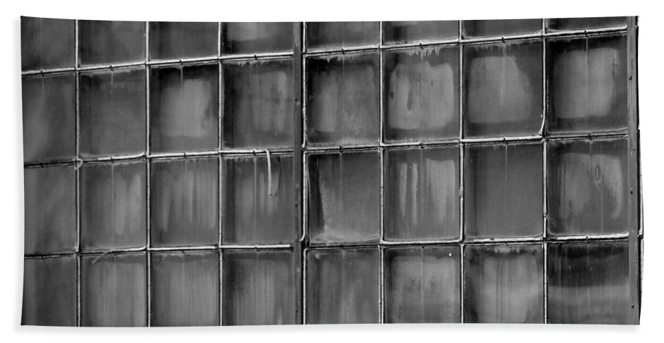 Building Bath Sheet featuring the photograph Windows Black And White 2 by Karen Adams