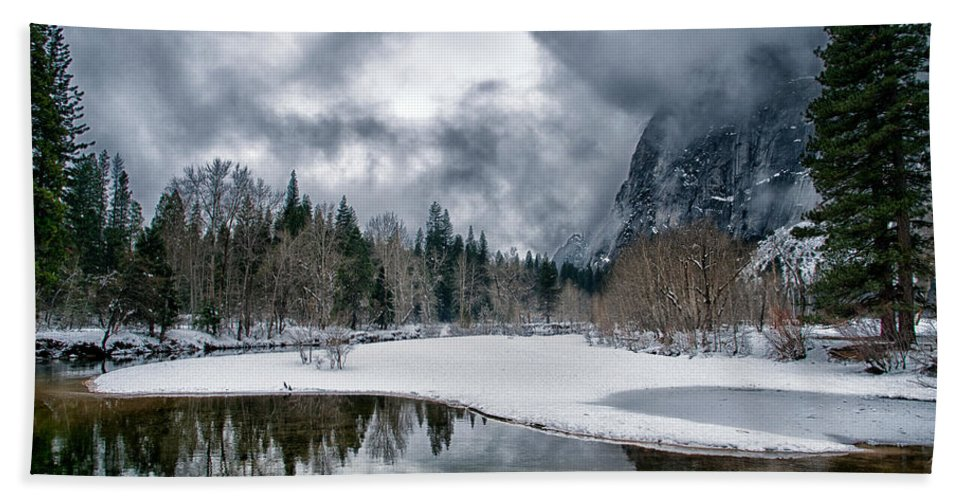 Scenic Bath Sheet featuring the photograph Winter At Swinging Bridge by Cat Connor