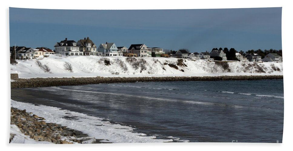 Maine Hand Towel featuring the photograph Winter At The Coast by Kevin Fortier
