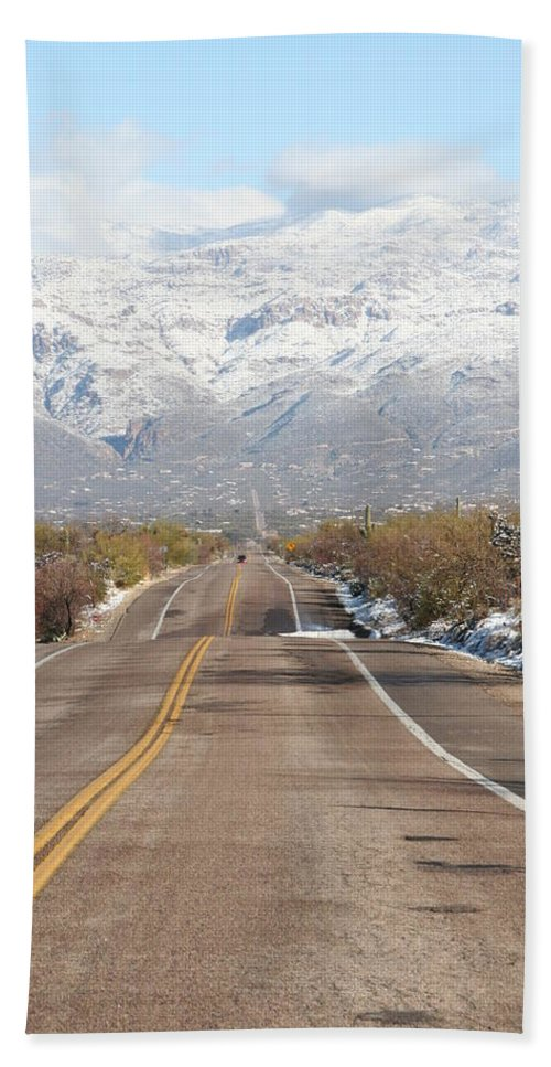 David S Reynolds Hand Towel featuring the photograph Winter Road by David S Reynolds