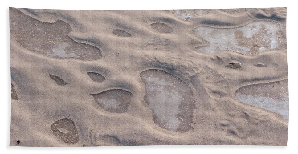 Winter Hand Towel featuring the photograph Winter Sand Art by Ann Horn