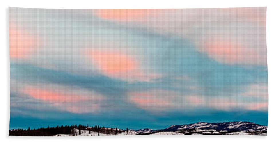 Blue Bath Sheet featuring the photograph Winter Sky Over Lake Laberge by Stephan Pietzko