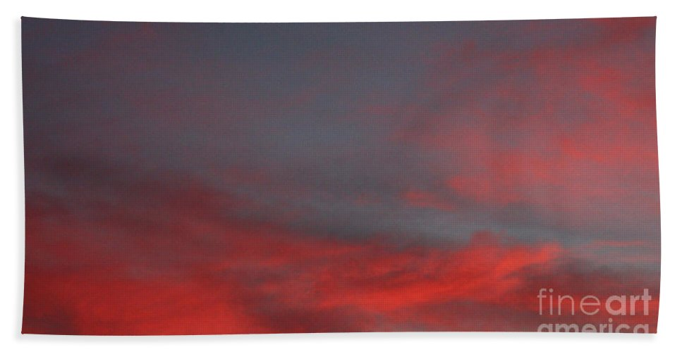 Winter Sunset Over Long Island Suburbs Hand Towel featuring the photograph Winter Sunset Over Long Island Suburbs by John Telfer