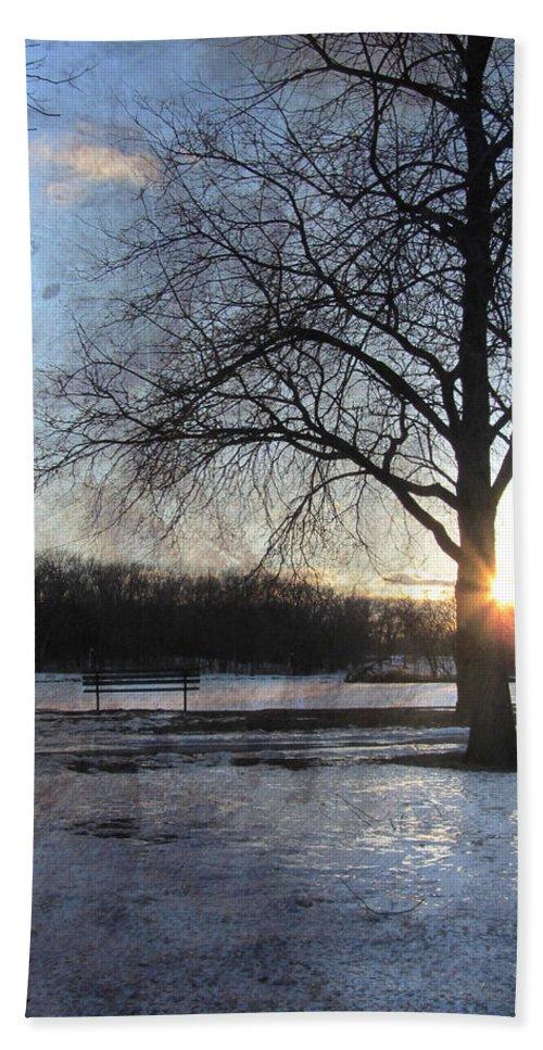 Winter Bath Towel featuring the digital art Winter Tree Sunset by Anita Burgermeister