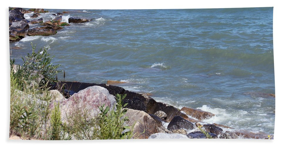 Winthrop Harbor Hand Towel featuring the photograph Winthrop Water by Debbie Hart