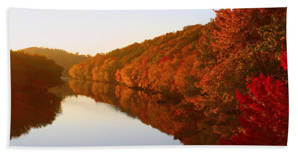 Sunrise Hand Towel featuring the photograph Wisconsin River Sunrise by Tiffany Erdman