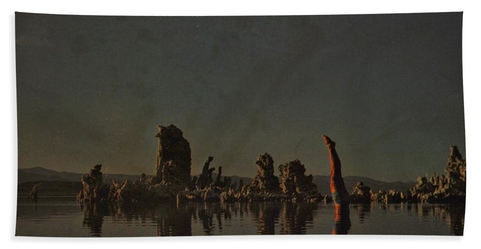 Pink Floyd Hand Towel featuring the photograph Wish You Were Here by Rob Hans