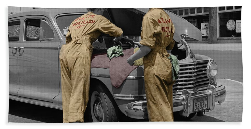 Auto Mechanics Hand Towel featuring the photograph Women Auto Mechanics by Andrew Fare