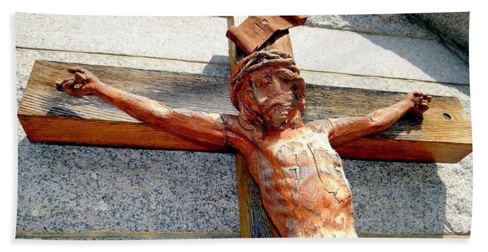 Jesus Christ Bath Sheet featuring the photograph Wooden Jesus by Ed Weidman
