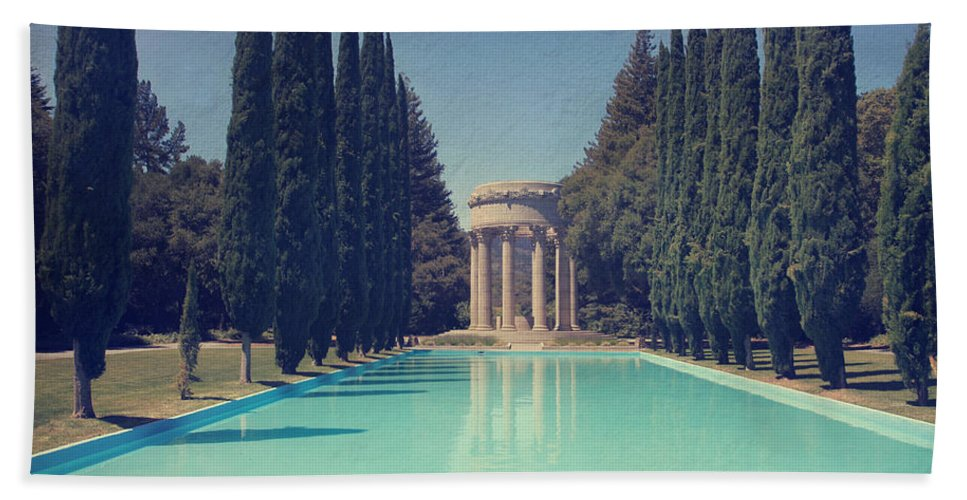 Pulgas Water Temple Bath Towel featuring the photograph Worship by Laurie Search
