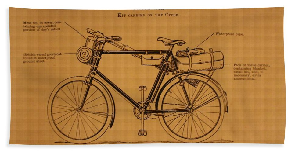 Ww1 Hand Towel featuring the photograph Ww1 Military Bicycle by Robert Phelan