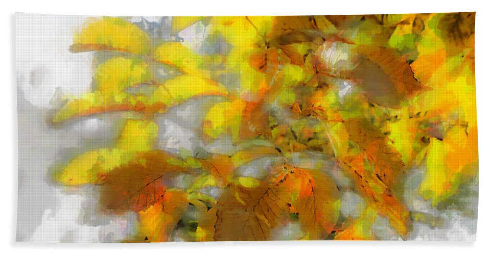 Photo Hand Towel featuring the photograph Yellow Autumn by Jutta Maria Pusl
