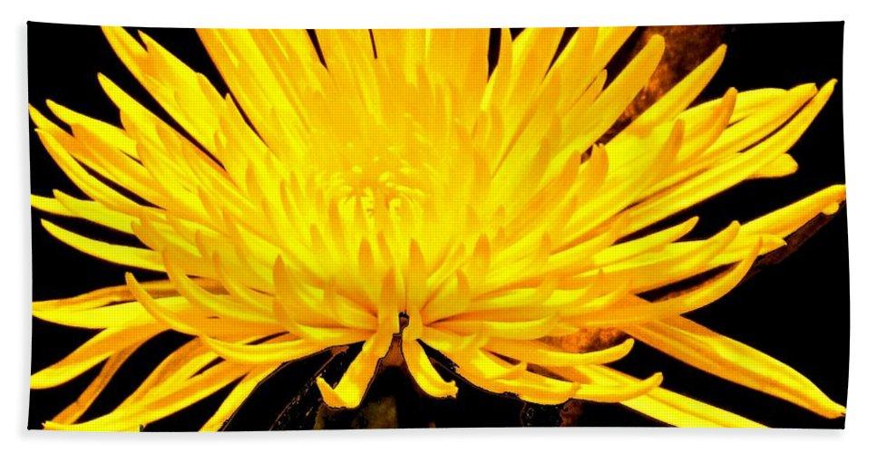 Yellow Bath Towel featuring the photograph Yellow Flash by Ian MacDonald