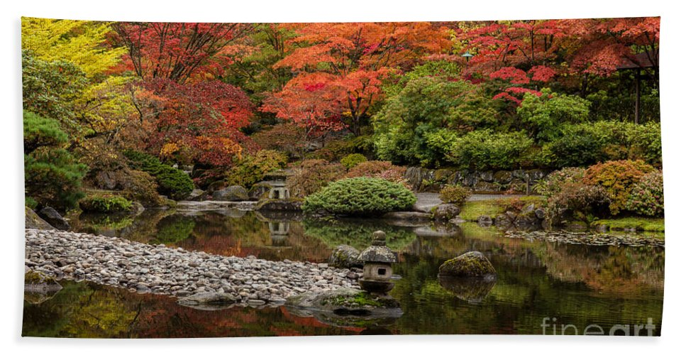 Fall Colors Hand Towel featuring the photograph Zen Foliage Colors by Mike Reid