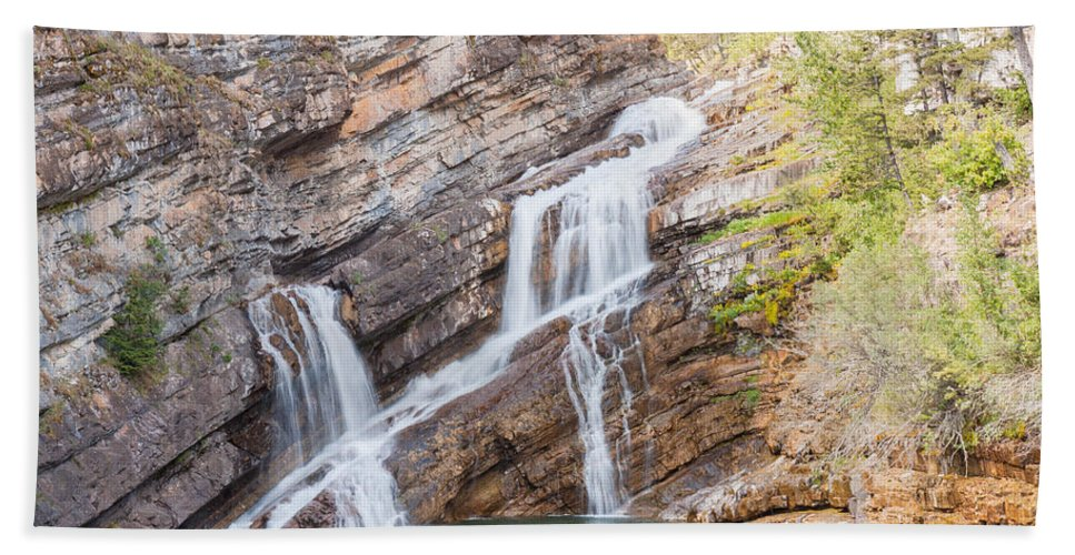 Cameron Falls Hand Towel featuring the photograph Zigzag Waterfall by John M Bailey